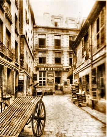 Rue du Lion Saint-Sauveur