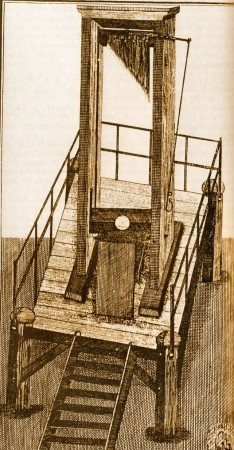 medium_Guillotine_05_sepia.jpg