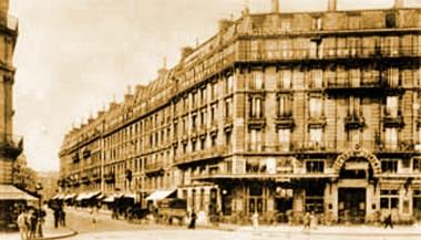 bouffes du nord faubourg Saint Denis.jpg