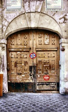 porte rue des bourdonnais hauteur.jpg