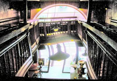 escalier tordu largeur.jpg