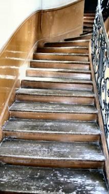 rue des bourdonnais 22 et 24 escalier Hauteur.jpg