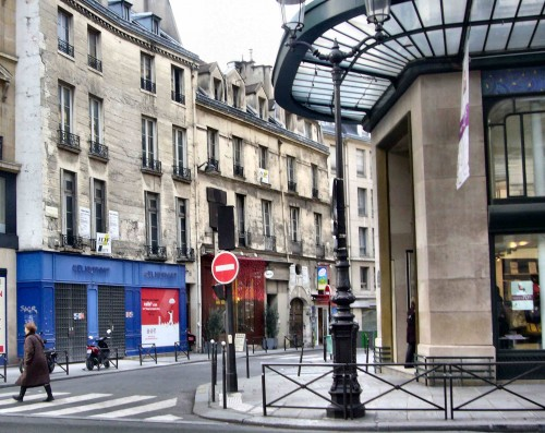 22 rue des Bourdonnais vue de rue de Rivoli 01.jpg