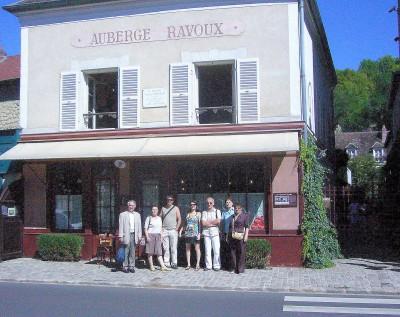 Auberge Ravoux GROUPE.jpg
